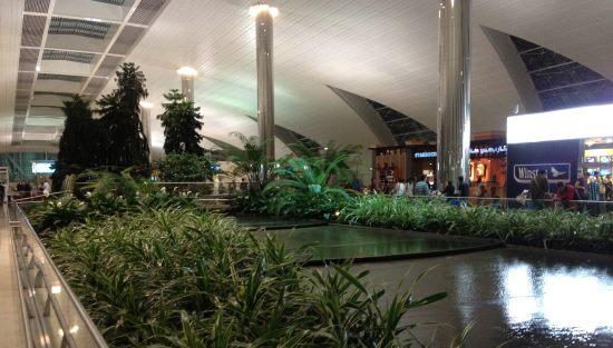 Letiště-v-Dubaji-patří-mezi-nejkrásnější-co-jsem-viděl
