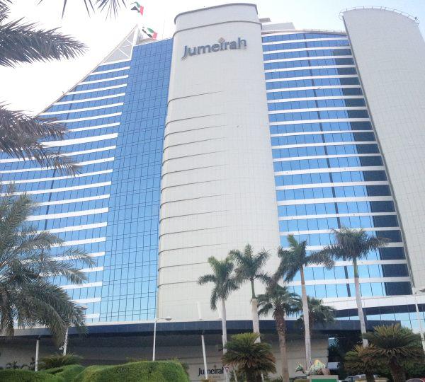 Luxusní-hotel-Jumeirah-v-Dubaji