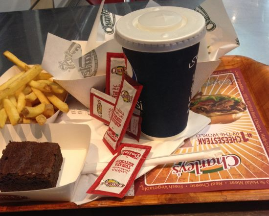 Občerstvení-zakoupené-za-voucher-v-Dubaji-při-mezipřistání