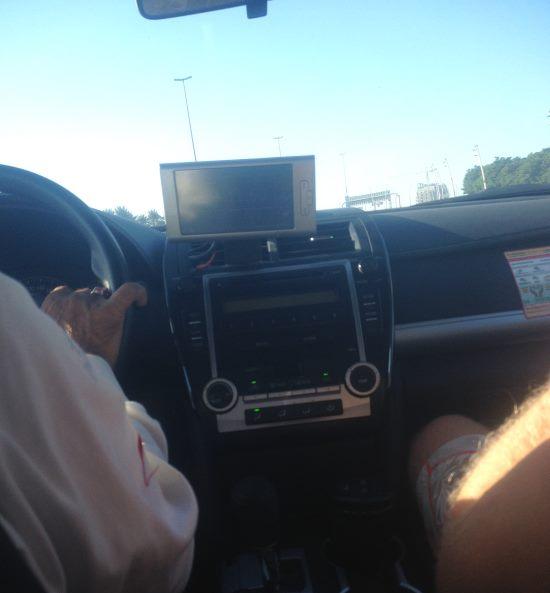 V-taxi-z-letiště-do-centra-Dubaje-jsme-smlouvali