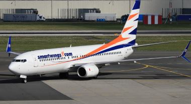 Letadlo-B-737-před-letem-na-Kanárské-ostrovy-od-Travel-Service