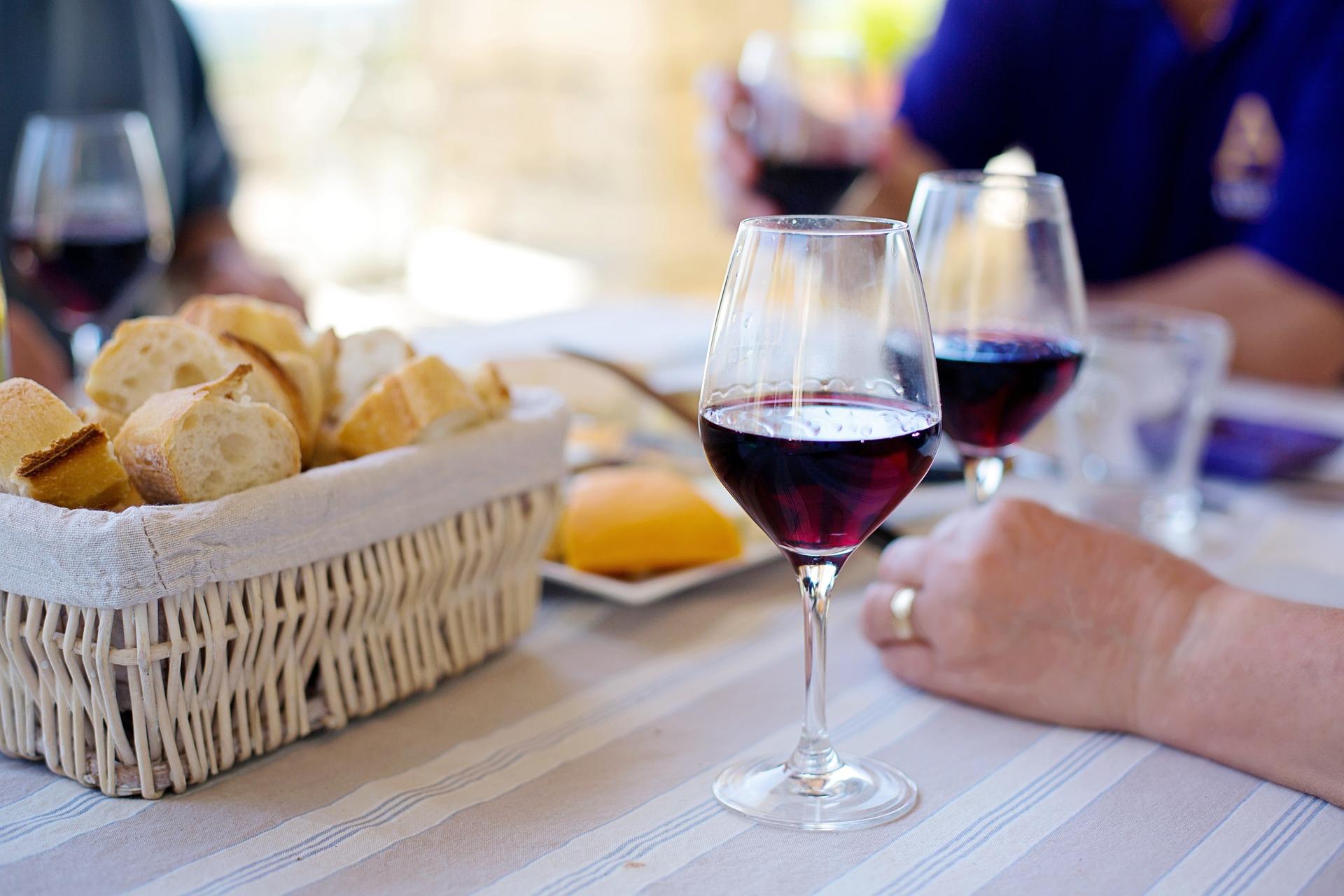 Dovolená a víno patří k sobě
